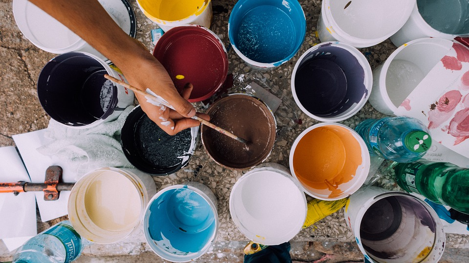 Tips for Saving Money at the Paint Store