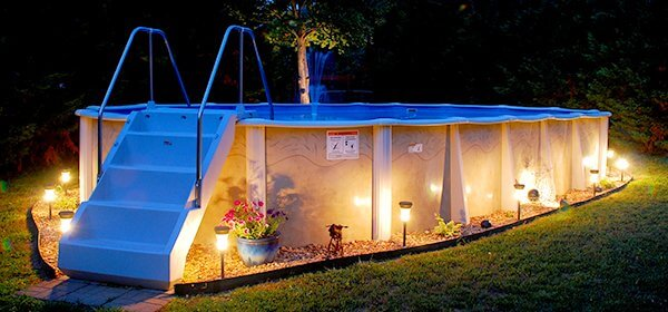 5 Ways to Decorate Around and Above Ground Pool
