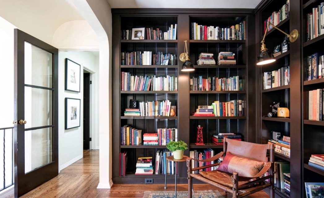 Ways to Renovate a Room into a Library