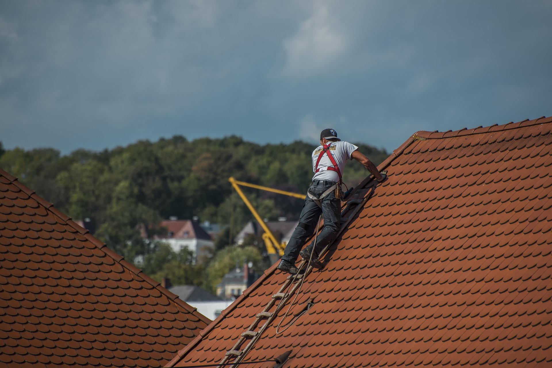 Replacing a Broken Roof Tile