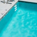 How to Renovate the Liner of a Swimming Pool